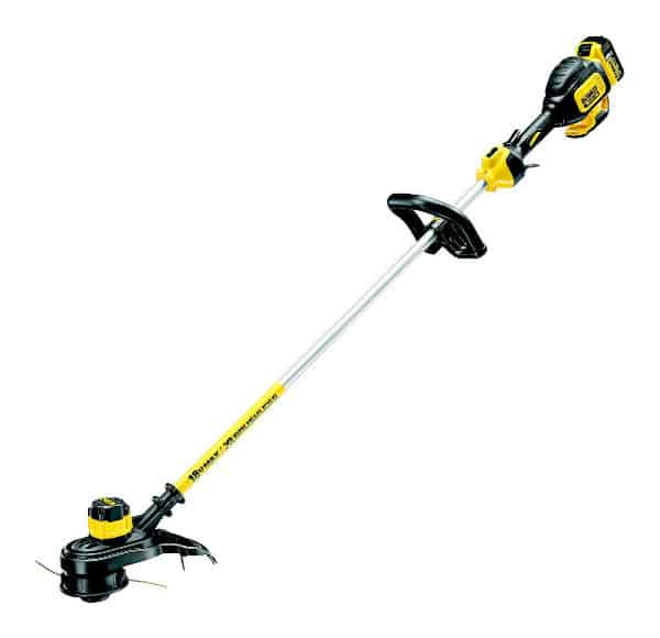 DeWalt Cordless Strimmer Review - Best For Professional Gardeners - Ideal for larger gardens and ideal for cutting longer grass even when wet.